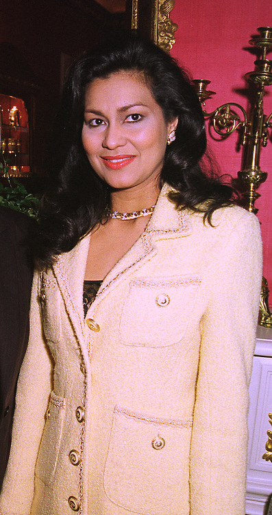 MRS BRUCE FORSYTH wife of the TV presenter, at a fashion show in London on 8th October 1998.MKP 21 WORO