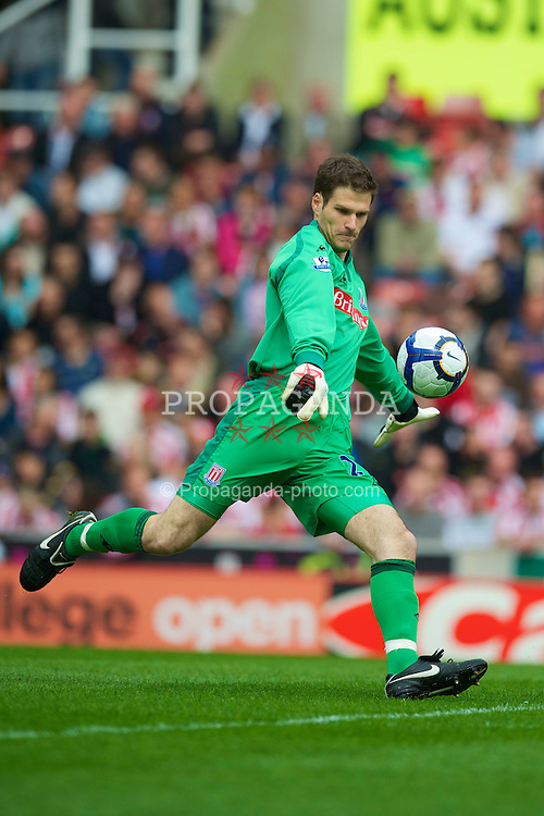 STOKE, ENGLAND - Saturday, May 1, 2010: Stoke City's goalkeeper Asmir Begovic during the Premiership match against Everton at Britannia Stadium. (Photo by David Rawcliffe/Propaganda)