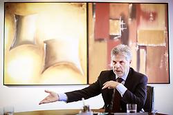 Antônio Carlos Valente (Rio de Janeiro, 1952) é o atual presidente do Grupo Telefônica no Brasil. Formou-se em Engenharia Elétrica pela Pontifícia Universidade Católica do Rio de Janeiro (PUC-RJ), sendo também pós-graduado em Administração e Negócios pela mesma instituição. FOTO: Jefferson Bernardes/ Agência Preview