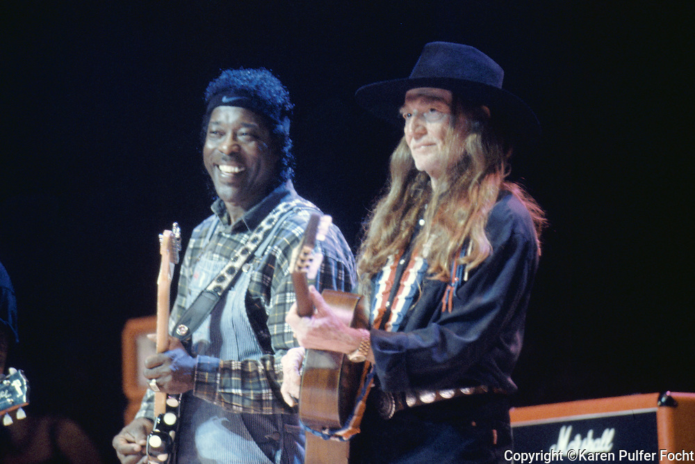 Singer songwriter and country music performer Willie Nelson with Buddy Guy in Memphis Tennessee in the 1990's. © Karen Pulfer Focht-ALL RIGHTS RESERVED-NOT FOR USE WITHOUT WRITTEN PERMISSION
