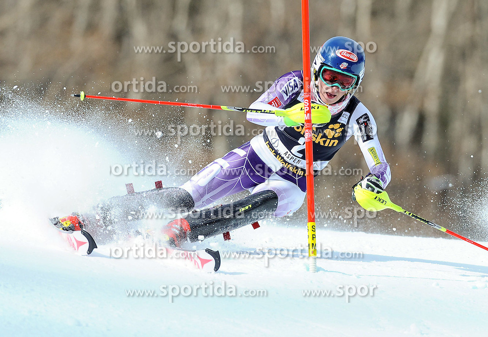 30.11.2014, Aspen Mountain Course, Aspen, USA, FIS Weltcup Ski Alpin, Aspen, Slalom, Damen, 1. Lauf, im Bild Mikaela Shiffrin (USA) // Mikaela Shiffrin of the USA in action during 1st run of ladies Slalom of FIS Ski Alpine Worldcup at the Aspen Mountain Course in Aspen, Canada on 2014/11/30. EXPA Pictures © 2014, PhotoCredit: EXPA/ Erich Spiess
