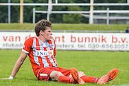 29-05-2016: Voetbal: Elinkwijk v De Zouaven: Utrecht<br /> <br /> Teleurstelling bij Jordi van Ammers van De Zouaven<br /> <br /> Promotie degradatieduel, Seizoen 2015-2016<br /> <br /> De Zouaven verliest het duel met 3-0 en degradeerd hierdoor voor de tweede maal op rij naar de 2e klasse.<br /> <br /> Foto: Gertjan Kooij