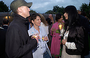 Michael Landy, Sadie Coles and gillian Wearing. The Serpentine Summer party co-hosted by Jimmy Choo. The Serpentine Gallery. 30 June 2005. ONE TIME USE ONLY - DO NOT ARCHIVE  © Copyright Photograph by Dafydd Jones 66 Stockwell Park Rd. London SW9 0DA Tel 020 7733 0108 www.dafjones.com