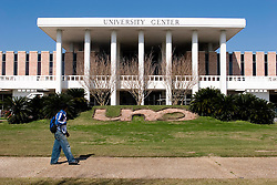 30 Jan, 2006. New Orleans, Louisiana. Post Katrina.<br /> Five months after hurricane Katrina hit the city, the University of New Orleans welcomes some 12,000 students back to their Lakefront campus. <br /> Photo; Charlie Varley/varleypix.com