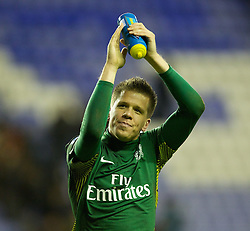 03.12.2011, DW Stadium, Wigan, ENG, Premier League, Wigan Athletic vs FC Arsenal, 14. Spieltag, im Bild Arsenal's goalkeeper Wojciech Szczesny celebrates his side's 4-0 win over Wigan Athletic // during the football match of english Premier League, 14th round between Wigan Athletic an FC Arsenal at DW Stadium, Wigan, ENG on 2011/12/03. EXPA Pictures © 2011, PhotoCredit: EXPA/ Sportida/ David Rawcliff..***** ATTENTION - OUT OF ENG, GBR, UK *****