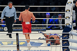 02.07.2011, Imtech Arena, Hamburg, GER, WM Fight IBF, IBO and WBO world champion Wladimir Klitschko vs WBA champion David Haye, im Bild Sieger Wladimir Klitschko schickt David Haye zu Boden // during the WM fight between Wladimir Klitschko and David Haye, in the Imtech Arena, Hamburg, 2011/07/02. .EXPA Pictures © 2011, PhotoCredit: EXPA/ nph/  Witke       ****** out of GER / CRO  / BEL ******
