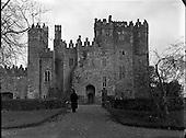1960-28/02 Kilkea Castle, Co. Kildare