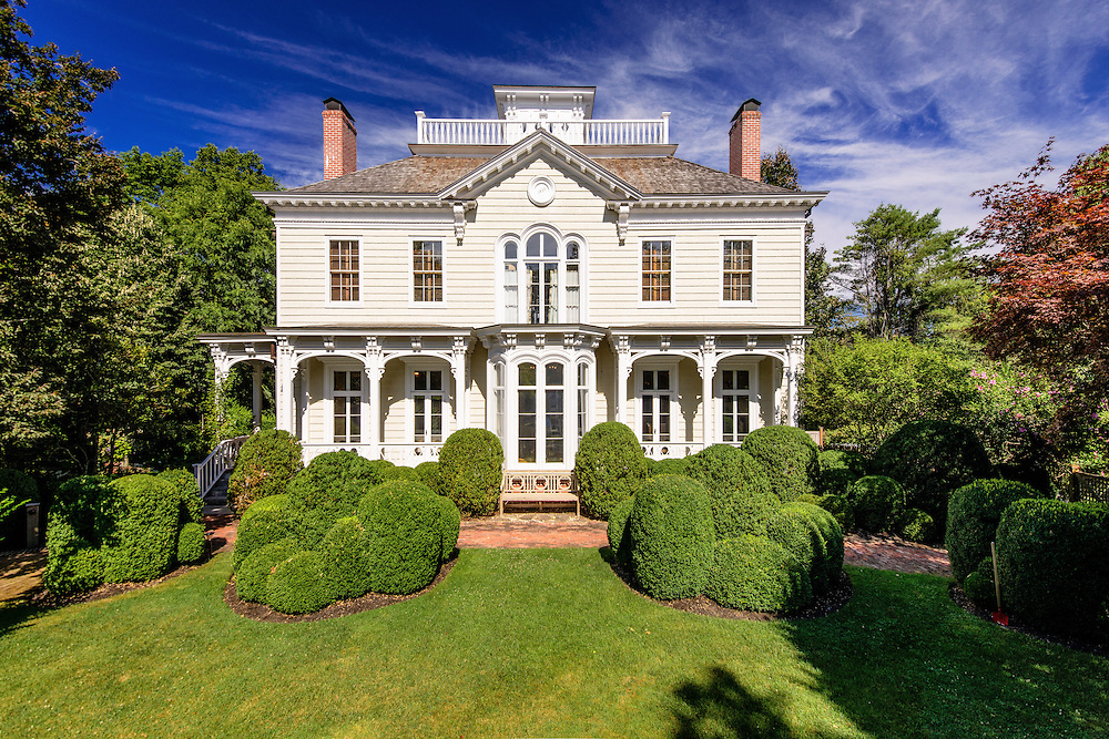 Nathan P. Howell house,on Captain's Row, build in 1833 and and remodeled in the Italianate style in 1850, Sag Harbor, NY