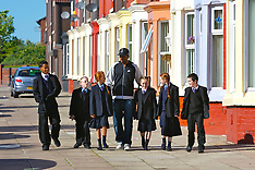 071005 Ryan Babel Visits School