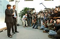 28 AUG 2003, BERLIN/GERMANY:<br /> Ulla Schmidt (L), SPD, Bundesgesundheitsministerin, und Prof. Bert Rurup (R), Vorsitzender der Kommission fuer die Nachhaltigkeit in der Finanzierung der sozialen Sicherungssysteme, waehrend der Uebergabe des Berichts der sog. Ruerup-Kommission, Bundesministerium fuer Gesundheit und soziale Sicherung<br /> IMAGE: 20030828-01-007<br /> KEYWORDS: Bert Rürup, Fotograf, Fotografen, Journalist, Journalisten, Kamera, Camera, Übergabe