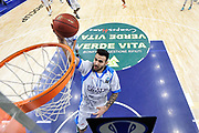 DESCRIZIONE : Eurocup 2014/15 Last32 Dinamo Banco di Sardegna Sassari -  Banvit Bandirma<br /> GIOCATORE : Brian Sacchetti<br /> CATEGORIA : Tiro Penetrazione Sottomano Special<br /> SQUADRA : Dinamo Banco di Sardegna Sassari<br /> EVENTO : Eurocup 2014/2015<br /> GARA : Dinamo Banco di Sardegna Sassari - Banvit Bandirma<br /> DATA : 11/02/2015<br /> SPORT : Pallacanestro <br /> AUTORE : Agenzia Ciamillo-Castoria / Luigi Canu<br /> Galleria : Eurocup 2014/2015<br /> Fotonotizia : Eurocup 2014/15 Last32 Dinamo Banco di Sardegna Sassari -  Banvit Bandirma<br /> Predefinita :