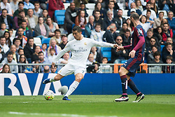 09.04.2016, Estadio Santiago Bernabeu, Madrid, ESP, Primera Division, Real Madrid vs SD Eibar, 32. Runde, im Bild Real Madrid's Cristiano Ronaldo // during the Spanish Primera Division 32th round match between Real Madrid and SD Eibar at the Estadio Santiago Bernabeu in Madrid, Spain on 2016/04/09. EXPA Pictures © 2016, PhotoCredit: EXPA/ Alterphotos/ Borja B.Hojas<br /> <br /> *****ATTENTION - OUT of ESP, SUI*****