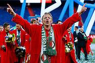 24-04-2016 VOETBAL: KNVB BEKERFINALE FEYENOORD-FC UTRECHT: ROTTERDAM <br /> <br /> Dirk Kuyt van Feyenoord viert de KNVB beker<br /> <br /> foto: Geert van Erven