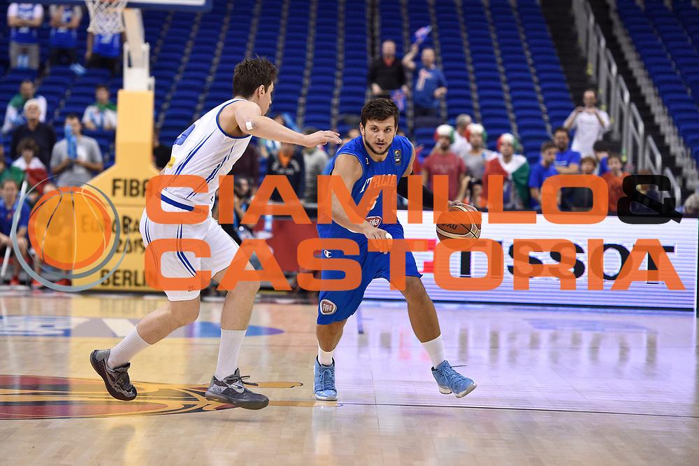 DESCRIZIONE : Berlino Berlin Eurobasket 2015 Group B Iceland Italy<br /> GIOCATORE : Alessandro Gentile<br /> CATEGORIA : palleggio <br /> SQUADRA : Iceland Italy<br /> EVENTO : Eurobasket 2015 Group B<br /> GARA : Iceland Italy<br /> DATA : 06/09/2015<br /> SPORT : Pallacanestro<br /> AUTORE : Agenzia Ciamillo-Castoria/Giulio Ciamillo<br /> Galleria : Eurobasket 2015<br /> Fotonotizia : Berlino Berlin Eurobasket 2015 Group B Iceland Italy