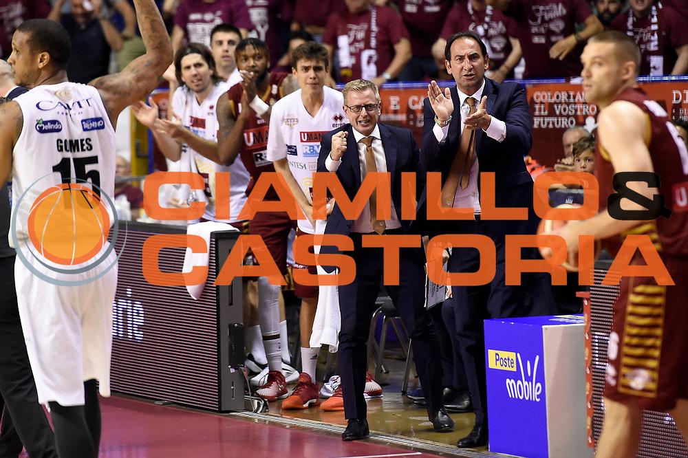 Federico Casarin, Gianluca Tucci<br /> Umana Reyer Venezia - Dolomiti Energia Aquila Basket Trento<br /> Lega Basket Serie A 2016/2017<br /> Playoff, finale gara 2<br /> Venezia, 12/06/2017<br /> Foto M.Ceretti / Ciamillo-Castoria