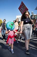 2019_09_20_Climate_Strike_Demonstration_PM
