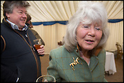 FELIX COOPER AND HIS MOTHER JILLY COOPER, The Heythrop Hunt Point to Point. Cockle barrow. 25 January 2015