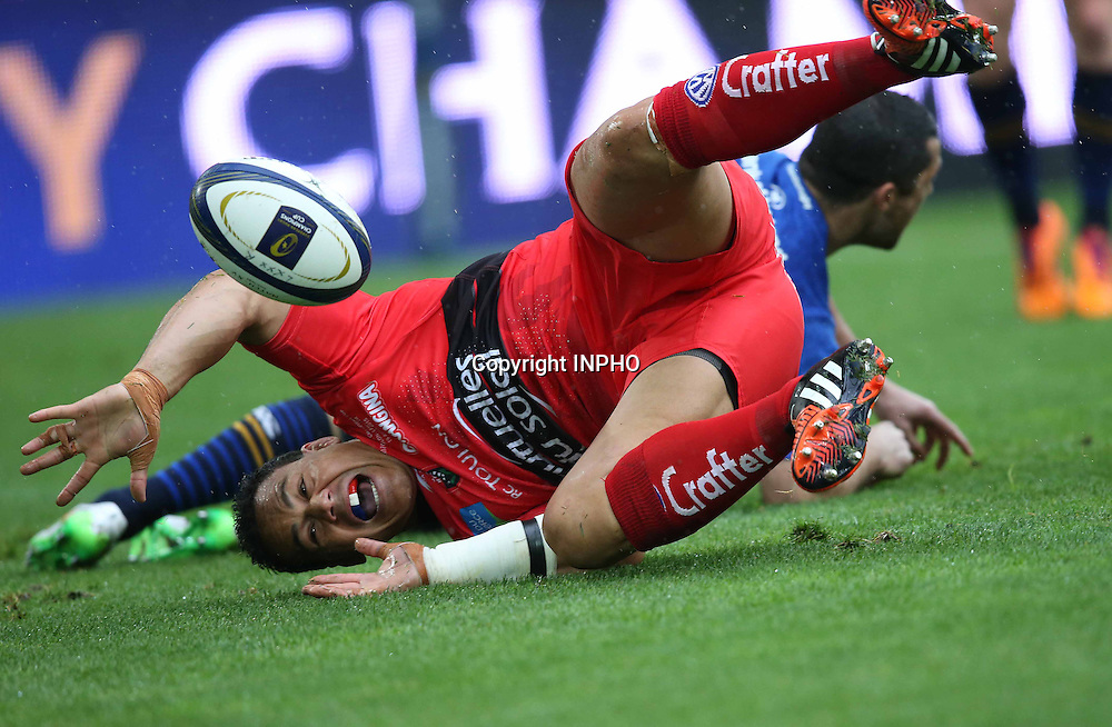 European Rugby Champions Cup Semi-Final, Stade V&eacute;lodrome, Marseille, France 19/4/2015<br /> RC Toulon vs Leinster<br /> Toulon's Chris Masoe scores a try that was ruled out for offside<br /> Mandatory Credit &copy;INPHO/Billy Stickland