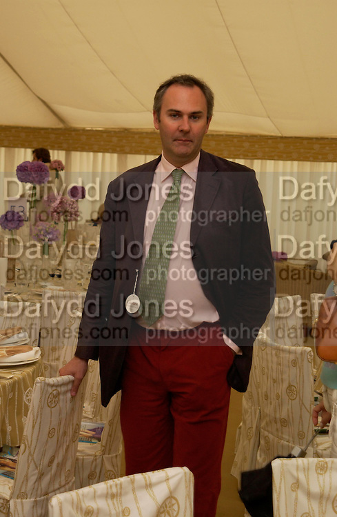William Cash. Cartier International Day at Guards Polo Club, Windsor Great Park. July 24, 2005. ONE TIME USE ONLY - DO NOT ARCHIVE  © Copyright Photograph by Dafydd Jones 66 Stockwell Park Rd. London SW9 0DA Tel 020 7733 0108 www.dafjones.com
