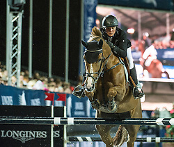 21.09.2013, Rathausplatz, Wien, AUT, Global Champions Tour, Vienna Masters, Springreiten (1.60 m), 1. Durchgang, im Bild Julia Kayser (AUT) auf Sterrehof's Ushi // during Vienna Masters of Global Champions Tour, International Jumping Competition (1.60 m), first round at Rathausplatz in Vienna, Austria on 2013/09/21. EXPA Pictures © 2013 PhotoCredit: EXPA/ Michael Gruber