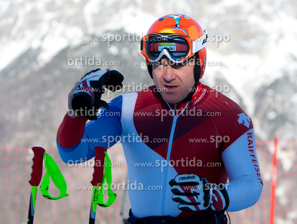 27.12.2011, Pista Stelvio, Bormio, ITA, FIS Weltcup Ski Alpin, Herren, Abfahrt, 1. Training, im Bild am Start Didier Cuche (SUI) // Didier Cuche of Switzerland warm up at start before first practice session downhill of FIS Ski Alpine World Cup at 'Pista Stelvio' in Bormio, Italy on 2011/12/27. EXPA Pictures © 2011, PhotoCredit: EXPA/ Johann Groder