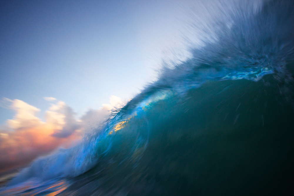waves photos,wave photography, surf art,Hawaii,ocean,shore-break,vagues,ola,onda,photographie,surf photo.