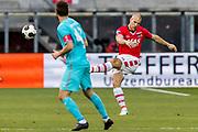 ALKMAAR - 22-04-2017, AZ - FC Twente, AFAS Stadion, 2-1, AZ speler Ron Vlaar, FC Twente speler Mateusz Klich