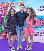 2018, 15 Juli. Pathe ArenA, Amsterdam. Premiere van Hotel Transsylvanie 3. Op de foto: Sonia Eijken, Vincent Visser en Fleur Verwey