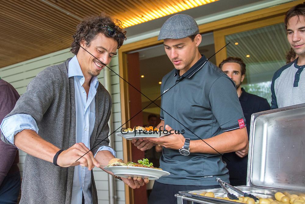 30.07.2014; Luterbach; Eishockey - Swiss Ice Hockey Golf Trophy 2014; Roman Wick und Nino Niederreiter<br /> (Claudia Minder/freshfocus)