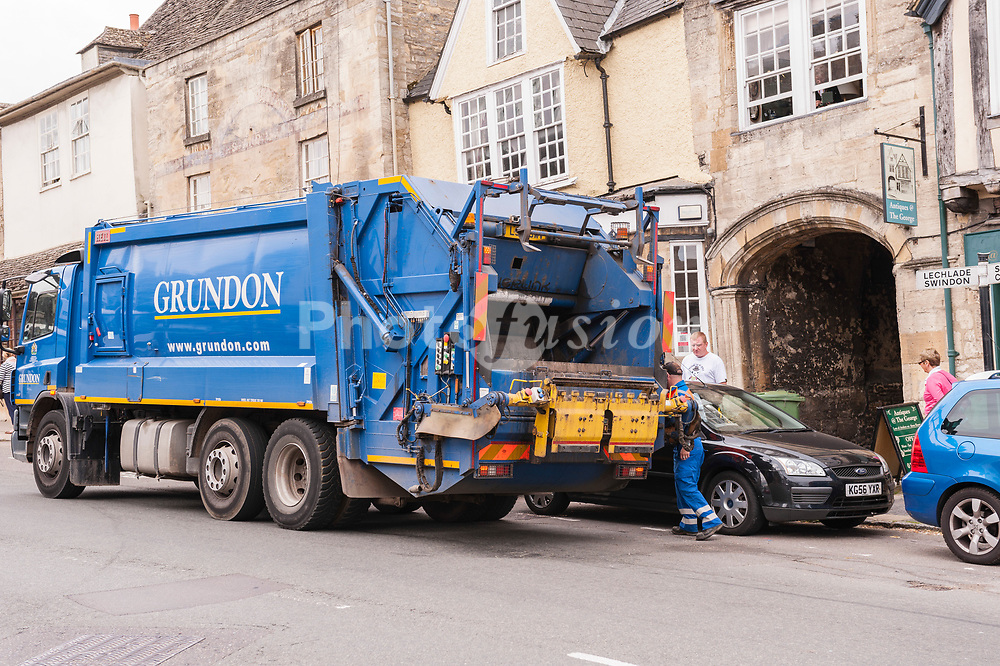 A Grundon bin lorry in Burford , Oxfordshire , England , Britain , U