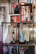 Los Angeles, April 7 2012 - In his house, Greg Schreiner's collection of items related to Marilyn Monroe. Dolls.