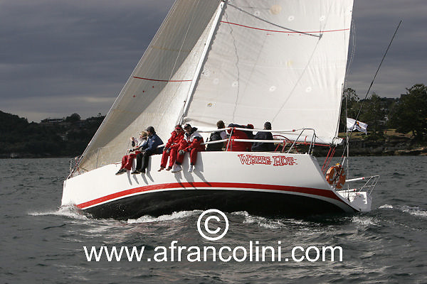 SAILING - BMW Winter Series 2005 - WHITE HOT, Sydney (AUS) - 19/06/05 - ph. Andrea Francolini