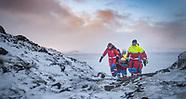 SL - Björgunarmenn í snjó með börur - Des2017