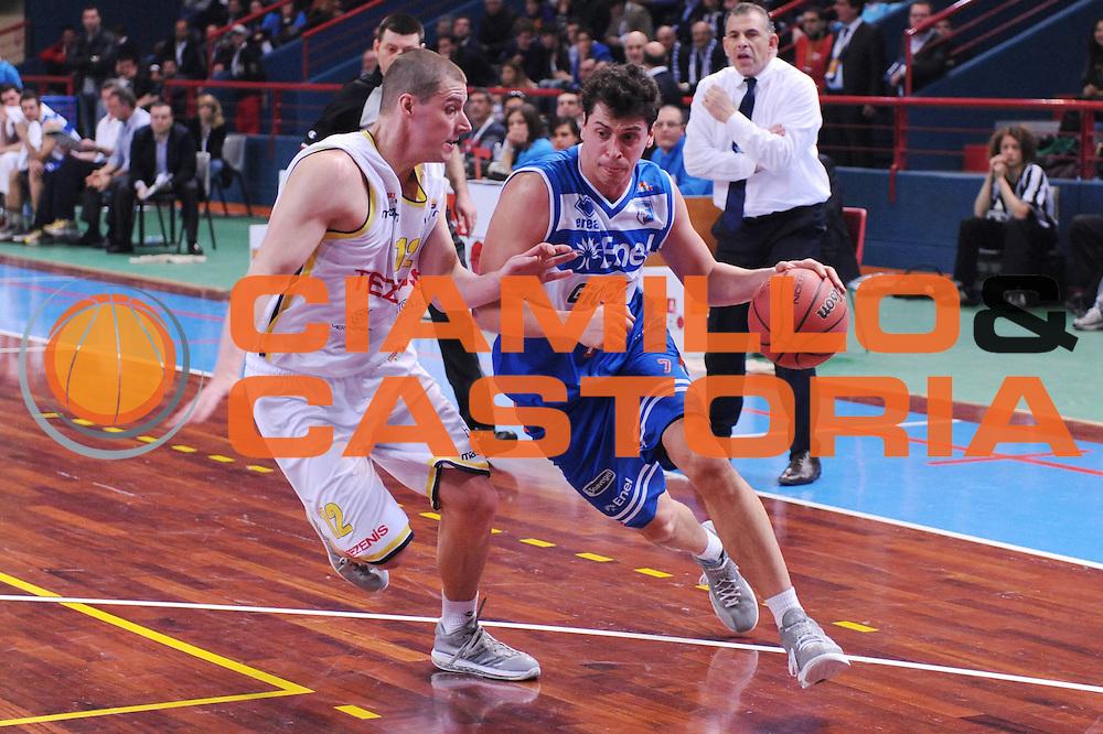 DESCRIZIONE : Bari Lega A2 2011-12 Toys&amp;More Final Four Coppa Italia Semifinale Tezenis Verona Enel Brindisi<br /> GIOCATORE : Matteo Maestrello<br /> CATEGORIA : palleggio <br /> SQUADRA : Enel Brindisi<br /> EVENTO : Campionato Lega A2 2011-2012<br /> GARA : Tezenis Verona Enel Brindisi<br /> DATA : 03/03/2012<br /> SPORT : Pallacanestro<br /> AUTORE : Agenzia Ciamillo-Castoria/M.Marchi<br /> Galleria : Lega Basket A2 2011-2012  <br /> Fotonotizia : Bari Lega A2 2010-11 Toys&amp;More Final Four Coppa Italia Semifinale Tezenis Verona Enel Brindisi<br /> Predefinita :