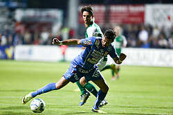 15.05.2015, Sportplatz FAC, Wien, AUT, 2. FBL, Floridsdorfer AC vs SV Mattersburg, 34. Runde, im Bild Mirnel Sadovic (Floridsorfer AC) und Alejandro Velasco Farinas (SV Mattersburg)// during Austrian Football Second Bundesliga Match, 34th round, between Floridsdorfer AC and SV Mattersburg at the Sportplatz FAC, Vienna, Austria on 2015/05/15. EXPA Pictures © 2015, PhotoCredit: EXPA/ Alexander Forst