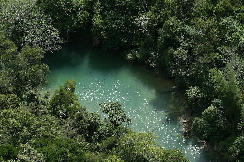 Bonito_MS, Brasil.<br /> <br /> Rio Salobra na fazenda Boca da Onca, Mato Grosso do Sul.<br /> <br /> The Salobra river in Boca da Onca farm, Mato Grosso do Sul.<br /> <br /> Foto: JOAO MARCOS ROSA / NITRO