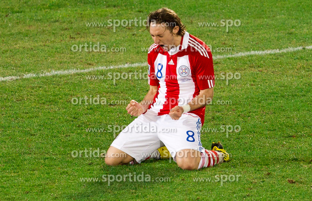 Edgar Barreto of Paraguay celebrates during the penalty shots after 0-0 in overtime during the 2010 FIFA World Cup South Africa Round of Sixteen football match between Paraguay and Japan on June 29, 2010 at Loftus Versfeld Stadium in Tshwane/Pretoria. (Photo by Vid Ponikvar / Sportida)