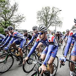 14-05-2016: Wielrennen: Ronde van Overijssel: Rijssen    <br />RIJSSEN (NED) wielrennen<br />Met 64 edities is de ronde van Overijssel een van de oudste wielerkoersen in Nederland. neutralisatie