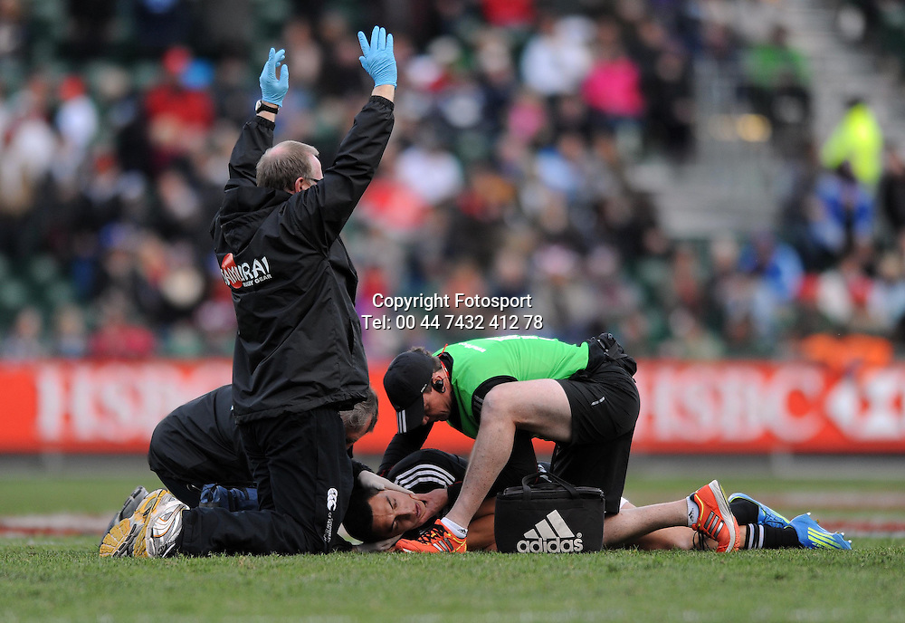 New Zealand's Bryce Heem lies injured after taking a heavy fall in a tackle.<br /> New Zealand v England, Cup Final, IRB Sevens World Series, round 8, Day 2, Scotstoun Stadium, Glasgow, Scotland, Sunday 6th May 2012.<br /> PLEASE CREDIT ***FOTOSPORT/DAVID GIBSON***