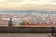 Vue sur Lyon et la basilique Notre-Dame de Fourvière depuis les pentes de la Croix-Rousse  // View of Lyon and Notre-Dame de Fourvière from la Croix-Rousse area