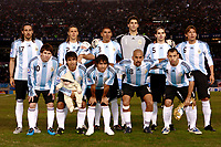 Fotball<br /> Foto: Piko Press/Digitalsport<br /> NORWAY ONLY<br /> <br /> BUENOS AIRES, ARGENTINA - June 06, 2009.<br /> 2010 FIFA World Cup qualifying Soccer match between ARGENTINA and COLOMBIA in the River Plate Stadium.<br /> Argentine starting team.<br /> Back line from L to Right = JONAS GUTIERREZ - MARTIN DEMICHELIS - DANIEL CATA DIAZ - MARIANO ANDUJAR - FERNANDO GAGO - GABRIEL HEINZE.<br /> Front line from L to R = LIONEL MESSI - SERGIO KUN AGUERO - CARLOS TEVEZ - JUNA SEBASTIAN VERON - JAVIER MASCHERANO<br /> <br /> Lagbilde Argentina