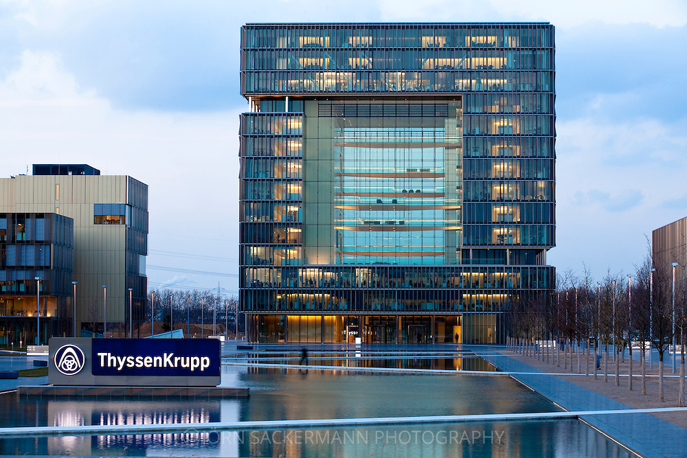 Europe, Germany, North Rhine-Westphalia, Essen, ThyssenKrupp Quartier, new head office of the company ThyssenKrupp in Essen-Altendorf...Europa, Deutschland, Nordrhein-Westfalen, Essen, ThyssenKrupp Quartier, neue Konzernzentrale von ThyssenKrupp in Essen-Altendorf.
