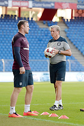 07.09.2014, St. Jakob Park, Basel, SUI, UEFA Euro Qualifikation, Schweiz vs England, Training, Gruppe E, im Bild 07.09.2014, Basel, Fussball EM Quali - Training England, Wayne Rooney und Trainer Roy Hodgson (ENG) // during a Trainingsession in front of the UEFA EURO qualification group E match Switzerland and England at the St. Jakob Park in Basel, Switzerland on 2014/09/07. EXPA Pictures © 2014, PhotoCredit: EXPA/ Freshfocus/ Daniela Frutiger<br /> <br /> *****ATTENTION - for AUT, SLO, CRO, SRB, BIH, MAZ only*****