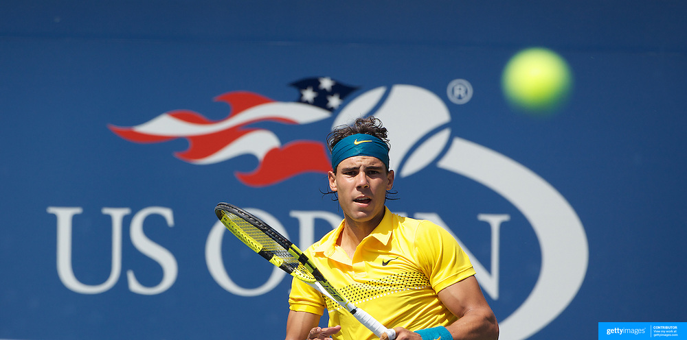 Rafael Nadal, Spain, in action against Nicolas Almagro, Spain, during the US Open Tennis Tournament at Flushing Meadows, New York, USA, on Sunday  September 6, 2009. Photo Tim Clayton.