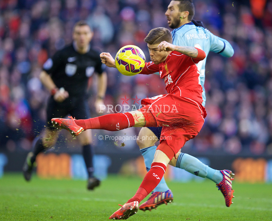 LIVERPOOL, ENGLAND - Saturday, January 31, 2015: Liverpool's Alberto Moreno in action against West Ham United during the Premier League match at Anfield. (Pic by David Rawcliffe/Propaganda)