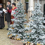 NLD/Amsterdam/20170925 - Presentatie A Christmas Carol 2017, Dickens zangkoor