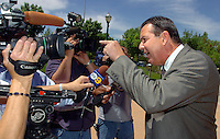 Palmdale Mayor Jim Ledford speaks to the media after the press conference was over in Palmdale Friday.  KELLY LACEFIELD/Valley Press May 12, 2006