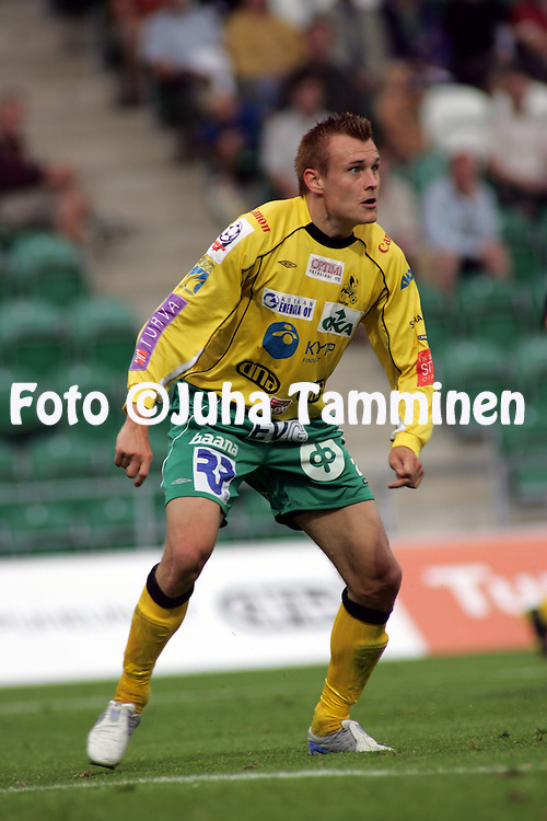 12.08.2004, Veritas Stadion, Turku, Finland..Veikkausliiga 2004 / Finnish League 2004.FC TPS Turku v KooTeePee.Mikko Paatelainen - KooTeePee.©Juha Tamminen.....ARK:k