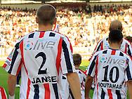 30-08-2008 VOETBAL:WILLEM II:AJAX:TILBURG<br /> Eredivisie LIVE reclame op de rug<br /> Foto: Geert van Erven