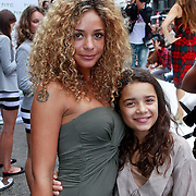 NLD/Amsterdam/20110904 - Grazia PC Catwalk 2011, Fajah Lourens m dochter Irem